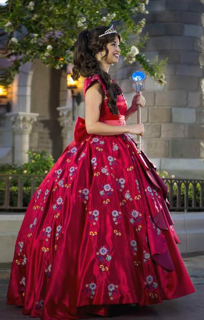 Elena de Avalor Magic Kingdom
