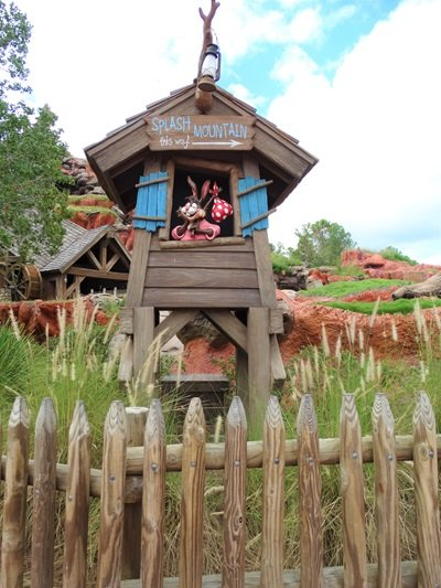 Magic Kingdom Splash Montain