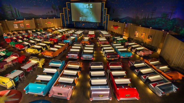 i-fi-dine-in-theater-ambiente