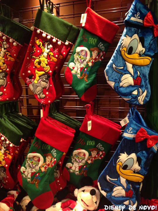 Days-of-Christmas-botas