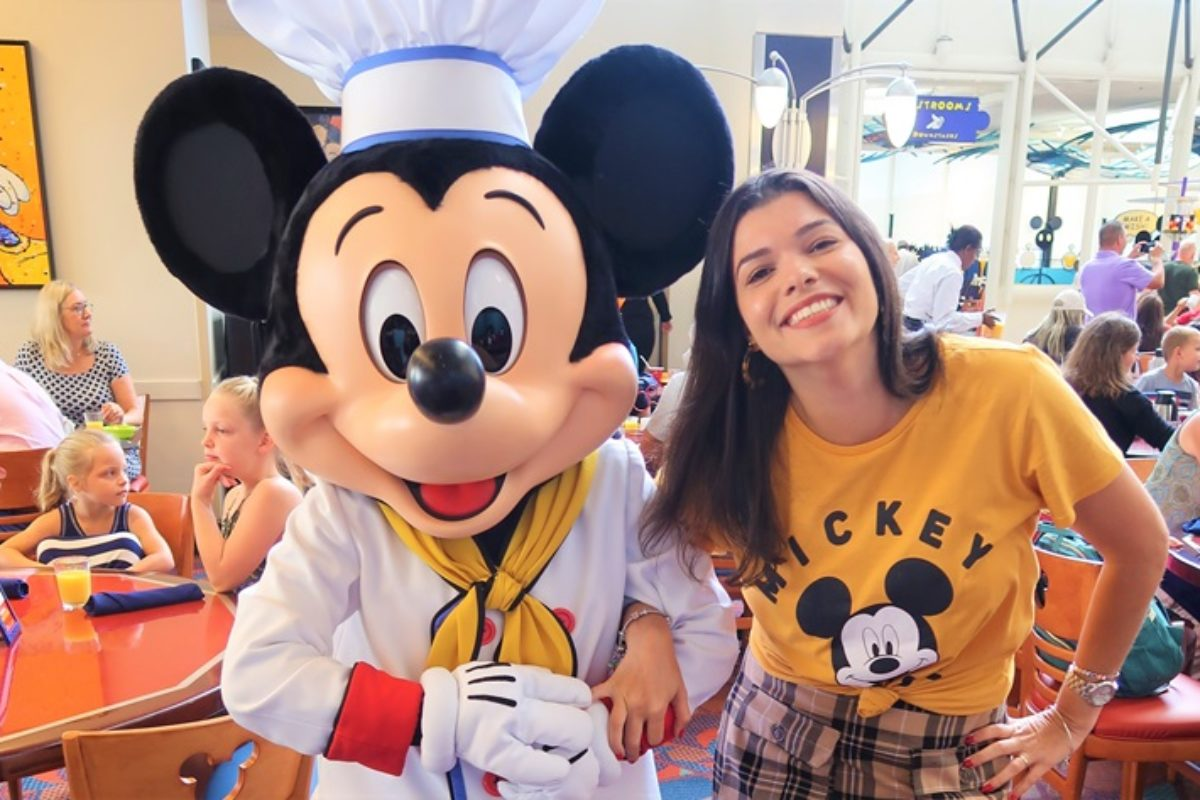 Chef Mickey's — refeição com personagens na Disney