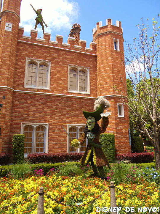 Flower and Garden Epcot Peter Pan