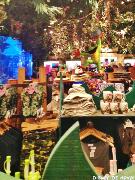Rainforest_Cafe_Disney_Springs_Loja_Roupa