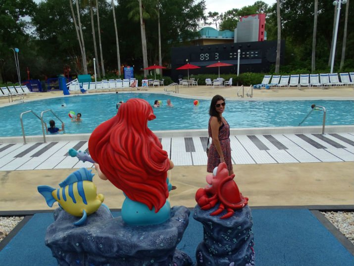Hotel_Disney_All_Star-Music_Piscina_Piano