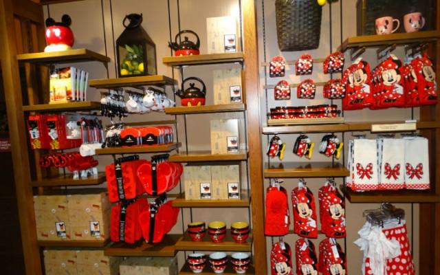 Mickey's Pantry — utensílios de cozinha do Mickey