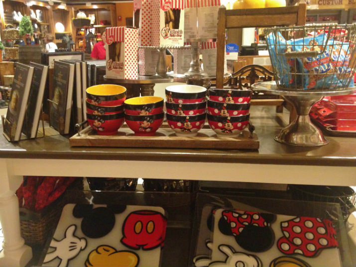 Mickey's_Pantry_Mickey_Minnie