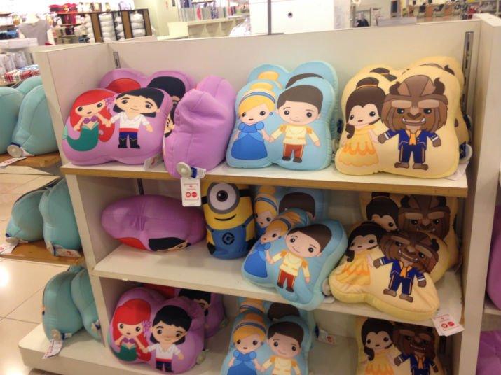 Almofadas Princesas Riachuelo