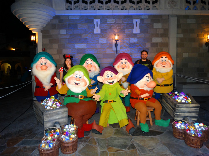 Halloween_Disney_7anões