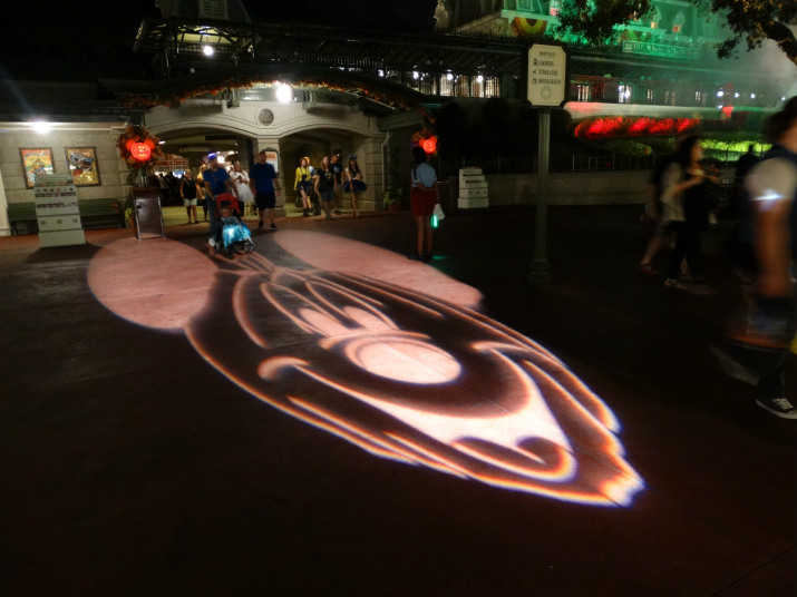 Halloween_Disney_Magic_Kingdom_Mickey