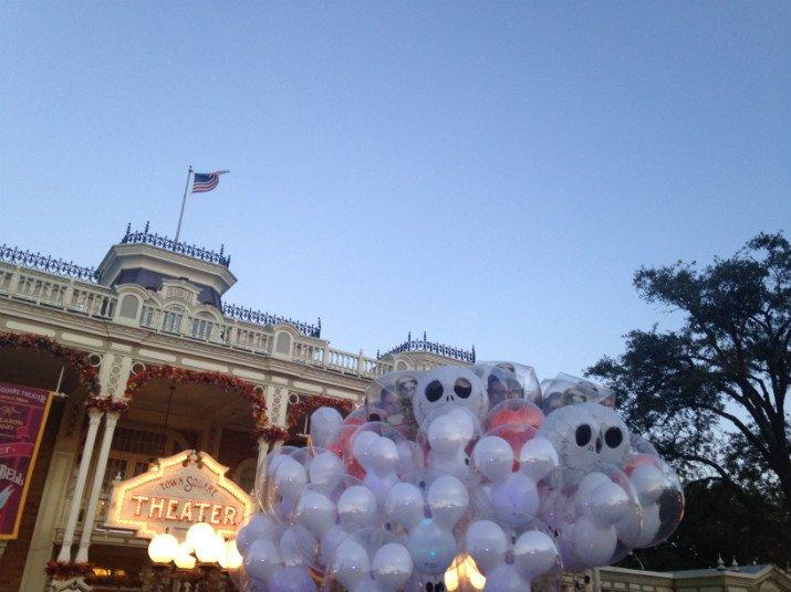 Halloween_Disney_Mickey-not-so-scary