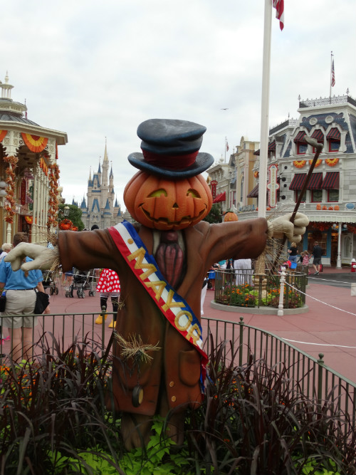 Halloween_Disney_Mickey-not-so-scary_decoracao