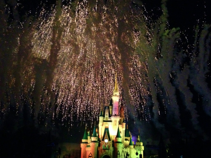 Hallowishes_Halloween_Disney