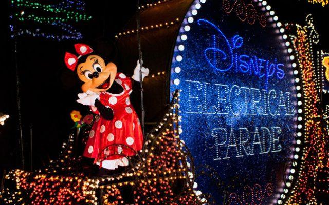 Fim da Main Street Electrical Parade no Magic Kingdom