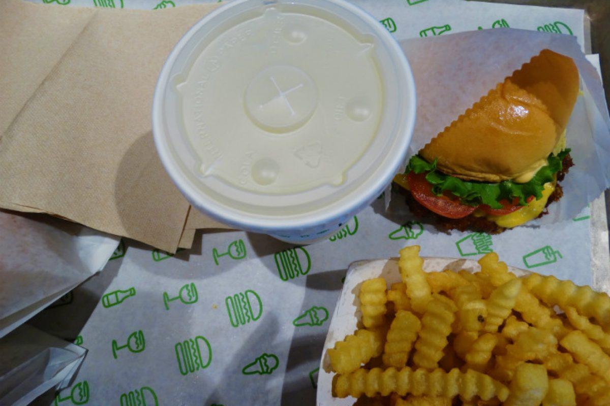 Shake Shack Orlando- hambúrguer e batata TOP