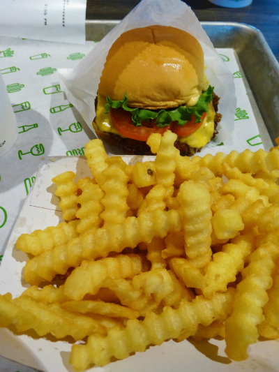 Shake Shack Orlando hamburguer batata