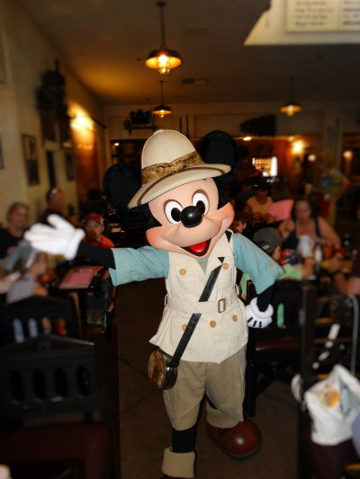 restaurante_tusker_house_animal_kingdom_mickey