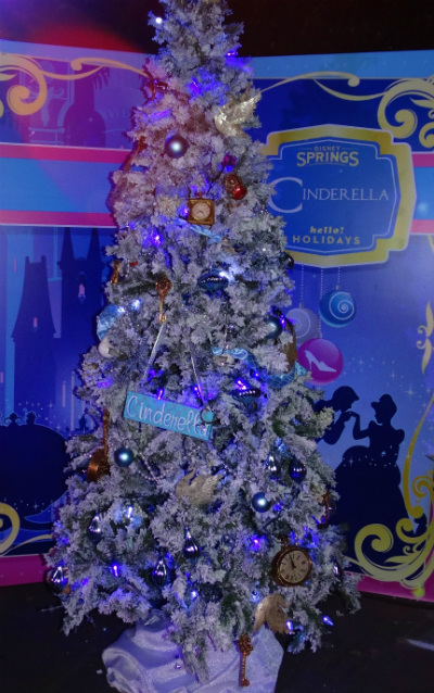 disney_christmas_tree_trail_cinderela