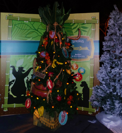 disney_christmas_tree_trail_menino_lobo