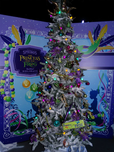 disney_christmas_tree_trail_princesa_sapo