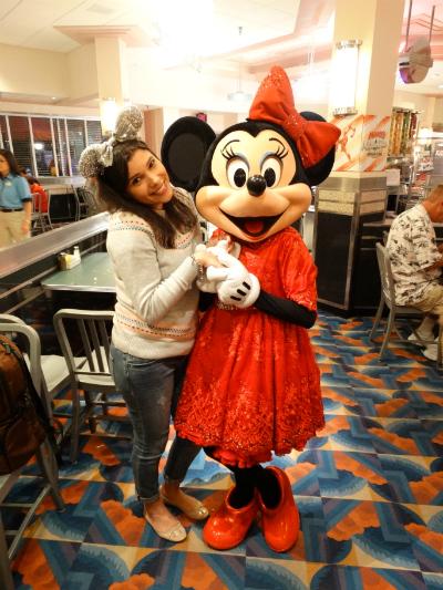 Hollywood & Vine Minnie