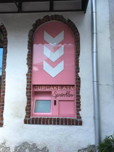 Caixa ATM Cupcakes Sprinkles Orlando