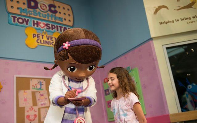Novo encontro com Doutora Brinquedos na Disney