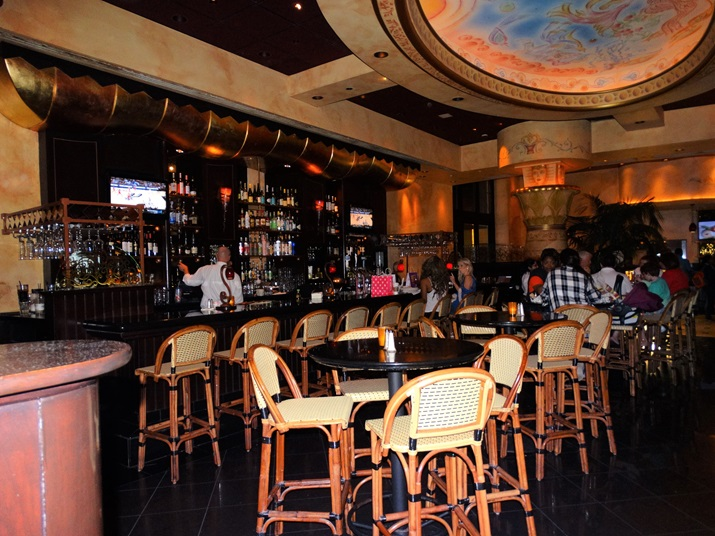 Cheesecake Factory Orlando Ambiente
