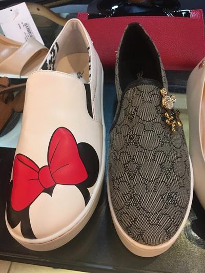 Arezzo Disney Slipper