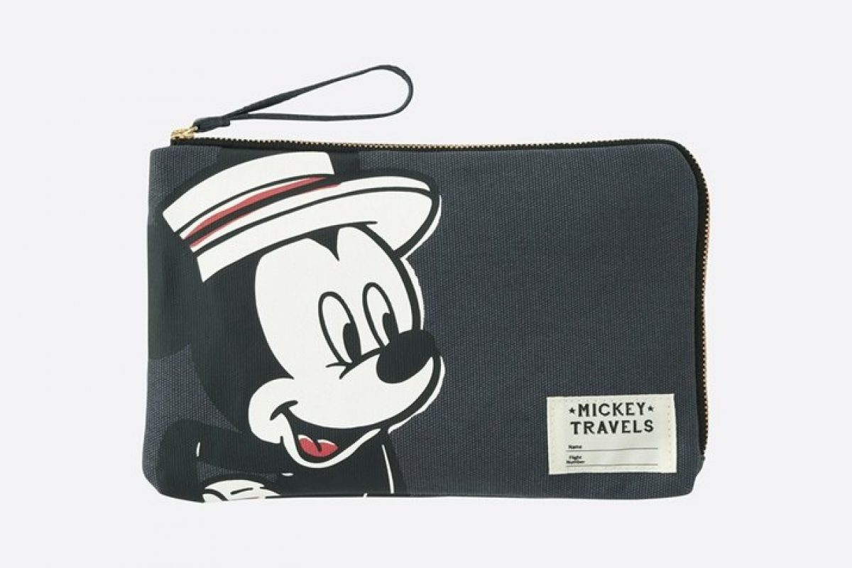 Uniqlo lança coleção com tema de Viagens do Mickey