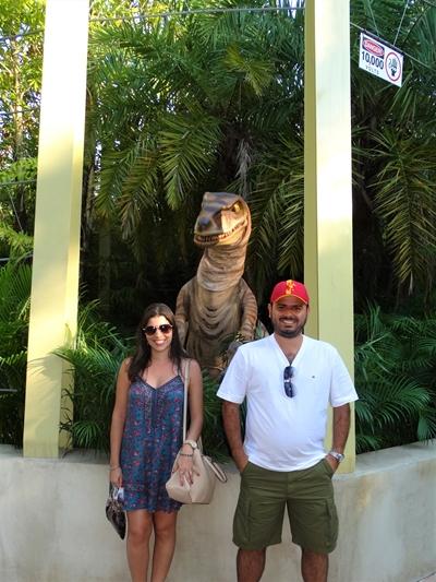Islands of Adventure Raptor Encounter