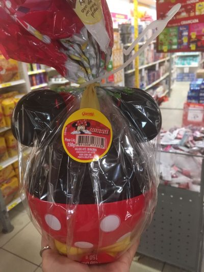 Garoto ovo de pascoa Minnie