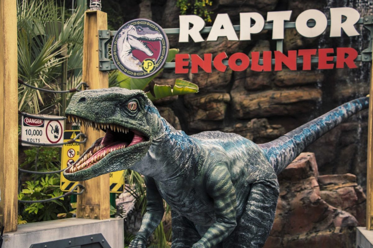 Blue, a Velociraptor de Jurassic World chega na Universal