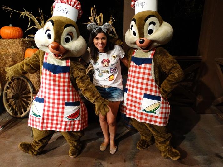 Mickey's Backyard BBQ Tico e Teco