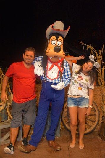 Mickey's Backyard BBQ Pateta
