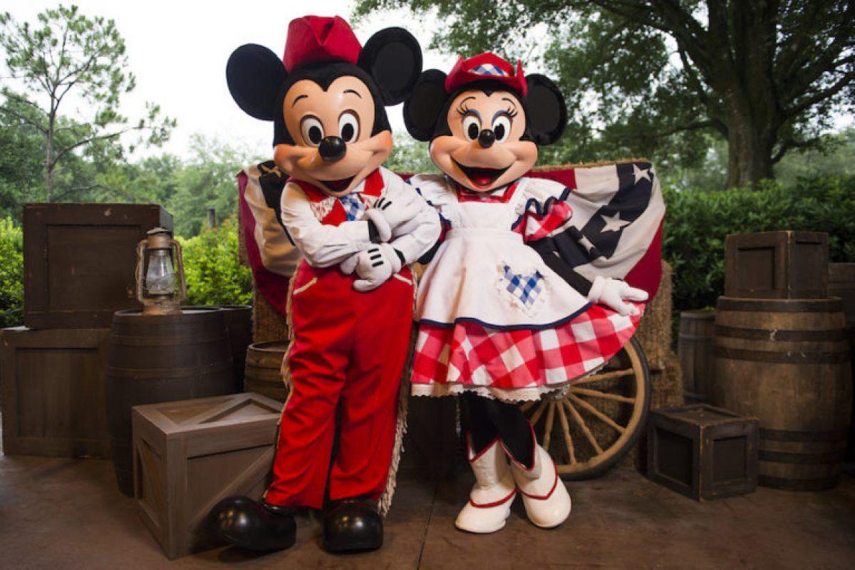 Mickey's Backyard BBQ: o churrasco do Mickey