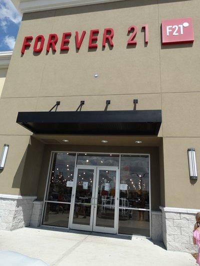 Forever 21 Red Orlando