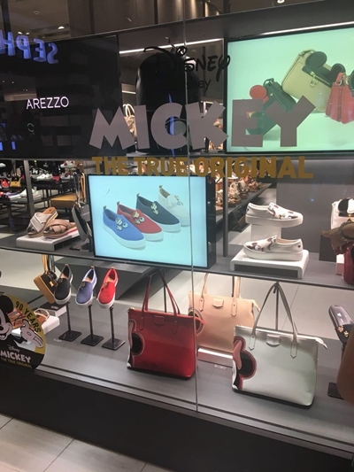Arezzo Mickey loja