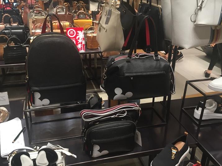 Arezzo Mickey 90 anos mochila