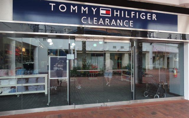 Tommy Clearance Orlando: loja cheia de descontos!