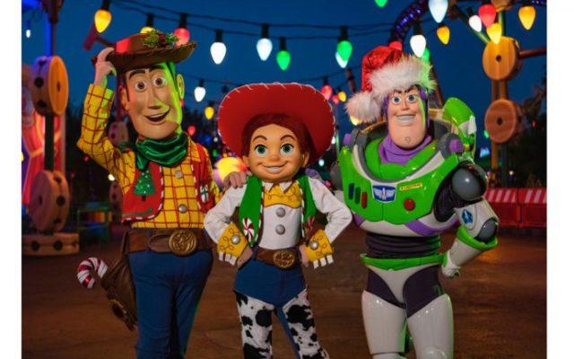 Toy Story Land terá decoração especial de Natal