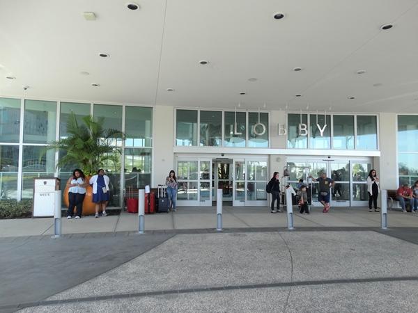 Cabana Bay Orlando Lobby