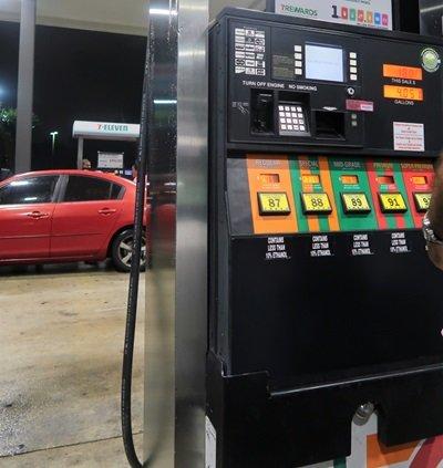 Aluguel de Carro em Orlando como Abastecer