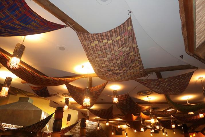 Boma restaurante disney detalhes