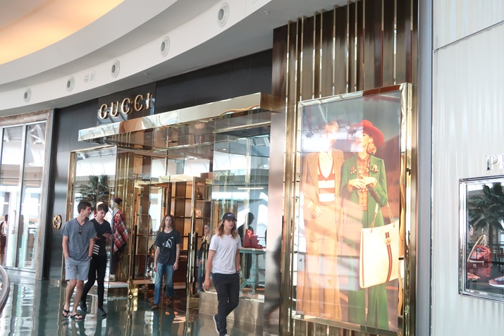 mall at millenia Gucci Orlando