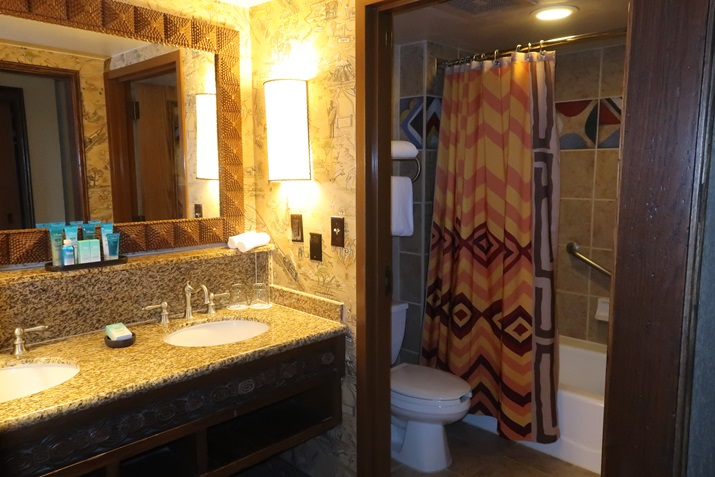 animal kingdom lodge quarto banheiro