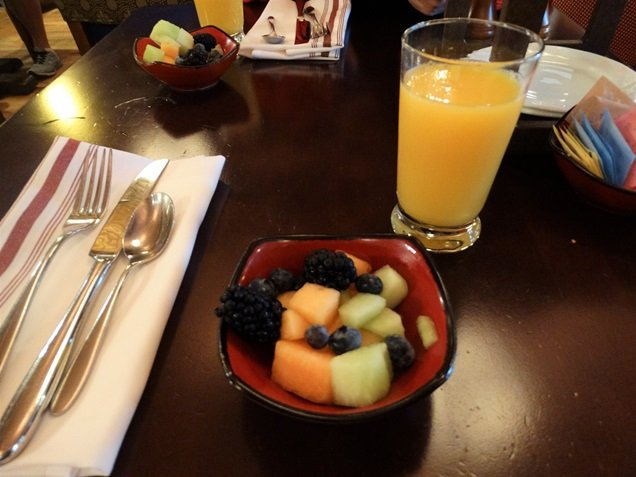 Bon Voyage Adventure Breakfast café