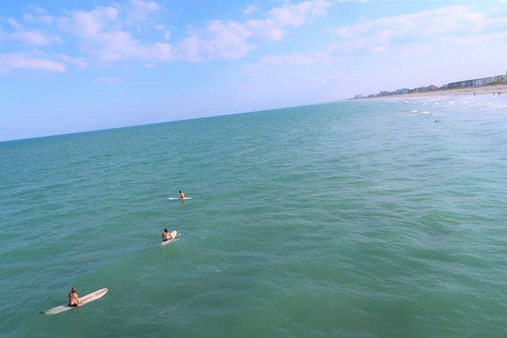 Cocoa Beach praia surfista