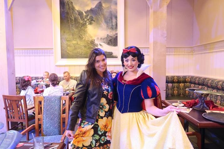 Jantar com Branca de Neve na Disney