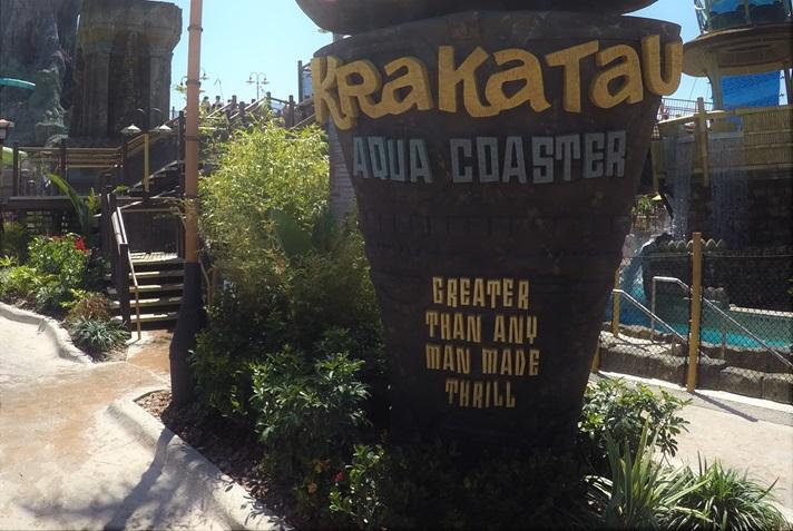 krakatau montanha russa aquatica