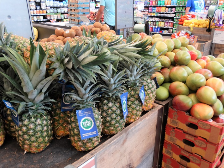 Whole foods supermercado frutas